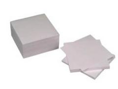 Poznámková kostka bílá lepená 9x9x4,5cm